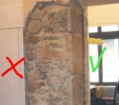 décaper un mur ancien en couvert d enduit ciment et plâtre
