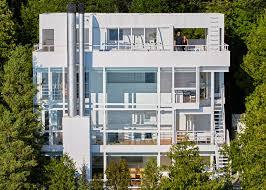 100 Richard Meier Homes S Douglas House Joins USAs Historic Places List