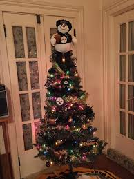 My Mom Wanted To Put The Tree Up Early So She Went With A Steelers Theme Last Time Did This We Won Super Bowl 43