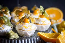 tropical cupcakes mit frischkäse topping simply vegan