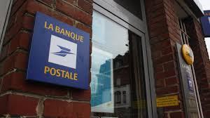 le bureau de poste ferme pas de panique la mairie prend le