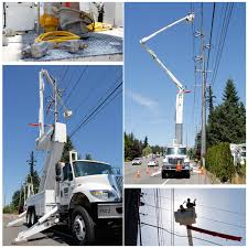 100 Altec Boom Truck The Bucket Truck Shown In The Photo Is 6502 This Is A 2003