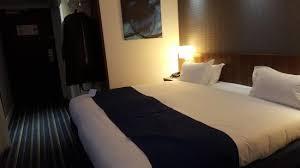Foto De Al Liwan Suites Doha Lit King Size Tripadvisor destiné