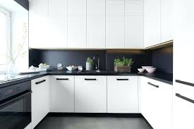 carrelage cuisine noir et blanc carrelage cuisine blanc cuisine blanc mur gris foncu00e9 u2013