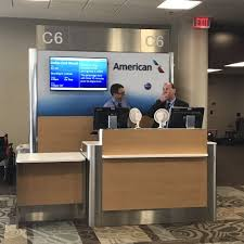 American Airlines Executive Platinum Desk by American Airlines 27 Reviews Airlines 1 Terminal Dr