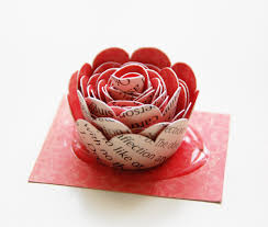 Roree Rumph Crate Paper Feb12 Craft With Love Wreath Flower Step