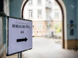 bureau de vote strasbourg may 7 2017 bureau de vote sign in
