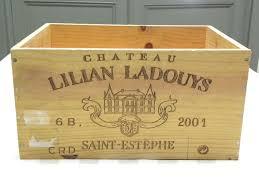 caisse a vin en bois recuperation caisse vin bois maison design bahbe