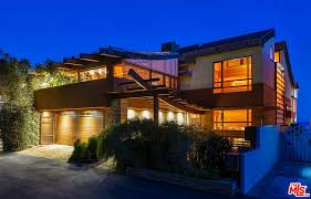 100 House For Sale In Malibu Beach Real Estate Homes Condos