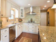Tsg Cabinetry Signature Pearl by Forevermark Signature Pearl Cabinets Yellow River Granite And