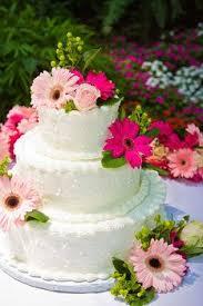 Elegant Gerbera Daisy Wedding Cake Daisies Weddinginspiration