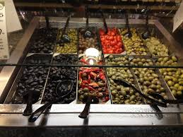cuisine di騁騁ique mariette s back to basics olive bar at whole foods market