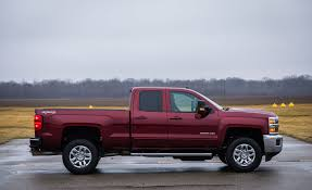 2018 Chevrolet Silverado 2500HD / 3500HD | Fuel Economy Review | Car ... 2015 Chevy Silverado 2500 Overview The News Wheel Used Diesel Truck For Sale 2013 Chevrolet C501220a Duramax Buyers Guide How To Pick The Best Gm Drivgline 2019 2500hd 3500hd Heavy Duty Trucks New Ford M Sport Release Allnew Pickup For Sale 2004 Crew Cab 4x4 66l 2011 Hd Lt Hood Scoop Feeds Cool Air 2017 Diesel Truck