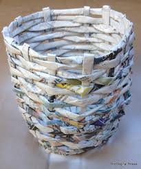 How To Make A Round Basket Out Of Newspaper
