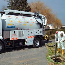 100 Sewer Truck Suction Truck Sewer Cleaner 2axle CLEANFOS RIVARD