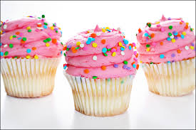 Vanilla Cupcakes & Beating Buttercream to a Flawless Frosting