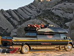 Dunkel Industries - Luxury Ford F650 4x4 - Expedition Truck - RV ...