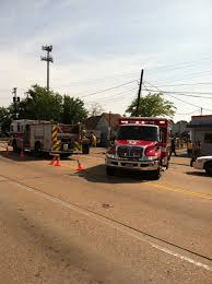 100 Tidewater Trucking Tractortrailer Armored Car Crash Into Building On Drive