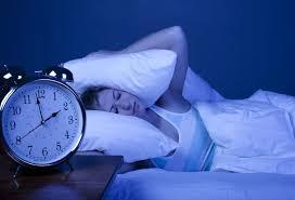 schlafen bei hitze warum du nicht mit laufendem ventilator