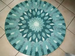 2 runde badezimmerteppiche mandala in grün
