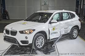 crash test siege auto 0 1 2015 bmw f48 x1 gets 5 in ncap