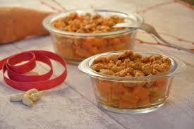 paruline en cuisine crumble de patate douce aux noix de cajou au fil du thym