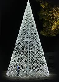 Which Christmas Tree Smells The Best Uk by World U0027s Biggest Christmas Light Maze Tickets On Sale In Vancouver