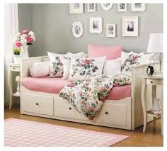 Best 25 Day bed ideas on Pinterest