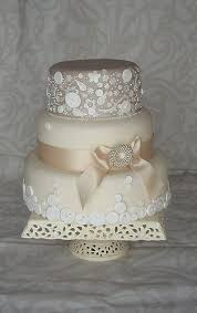 Bird Themed Wedding Cakes Will Be Big Too Based On The Love Birds From Nests To Cages Traditional Hand Painted Or Rustic