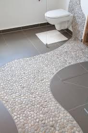 diy duschwand aus kieselsteinen www calmwaters de