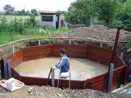 piscine bois ronde semi enterrée piscine acier bois lesitedegertrude