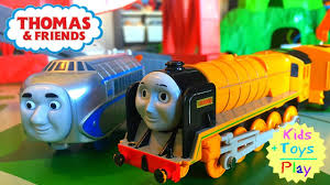 Trackmaster Tidmouth Sheds Toys R Us by Thomas The Tank Engine Railroad Best Thomas Trackmaster Layout