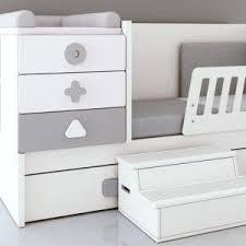 chambre bebe lit evolutif les 25 meilleures idées de la catégorie chambre bébé avec lit