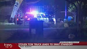 100 Tow Truck Austin Couple Steals Tow Truck Attempts To Flee From Officers
