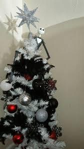 Diy Nightmare Before Christmas Tree Topper by 34 Best Black Christmas Tree Images On Pinterest La La La Black