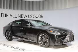 The 2018 Lexus LS 500h is a Cleaner Big Sedan