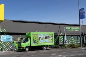 100 Commercial Truck Loans Superloans Truck Preying On Vulnerable People By Roaming Flaxmere
