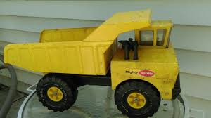 TONKA CLASSIC Mighty Metal Dump Truck Toy 70's Vintage Toy Xmb 975 ... Tonka Classic Dump Truck Big W Top 10 Toys Games 2018 Steel Mighty Amazoncom Toughest Handle Color May Vary Mighty Toy Cement Mixer Yellow Mixers Mixers And Hot Wheels Wiki Fandom Powered By Wrhhotwheelswikiacom Large Big Building Vehicle On Onbuy 354 Item90691 3 Ebay Truck The 12v Youtube Inside Power