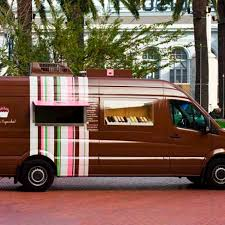100 Hiller Aviation Food Trucks Karas Cupcakes San Francisco Roaming Hunger