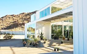104 Mojave Desert Homes Ecotech Builds Breathtaking Shipping Container Home In The Heart Of The