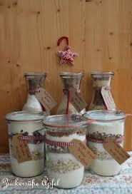 backmischungen im glas als geschenk aus der küche
