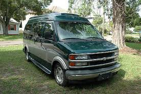 Chevrolet Express 1500 2000 Gladiator Conversion Van