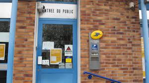 travaux de bureau fermé pour travaux le bureau de poste ne rouvrira qu en septembre