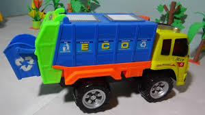 Toy Garbage Truck Videos For Children | Garbage Trucks Do Garbage ... Toy Trash Trucks In Action Garbage Truck With Side Arm Best Kids Playing Pictures Dickie Toys Walmartcom Videos For Children Unboxing Tonka Mighty Dumpster Worlds Recycling Waste Youtube Amazoncom 12air Pump Vehicle For Green Kawo Jack Bruder Video Gym Pickup Front Loader