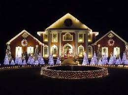 Beautiful Light Display On Large Mansion Night Lights Outdoors House Decorate Christmas