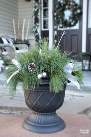 Quick And Easy Outdoor Christmas Planter