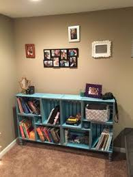 Wood Crate Shelf Diy by How To Make A Bookshelf Crates Apartments And Wooden Crates