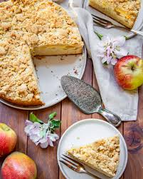 apfelkuchen mit vanillepudding und streuseln