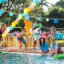 5 Scottsdale Pool Party Tips