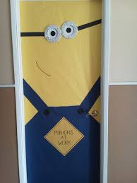 Christmas Classroom Door Decoration Pictures by Minion Door Decoration Youtube Idolza
